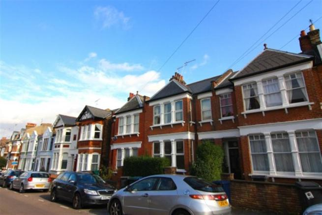 Gutter Cleaning East Finchley N2