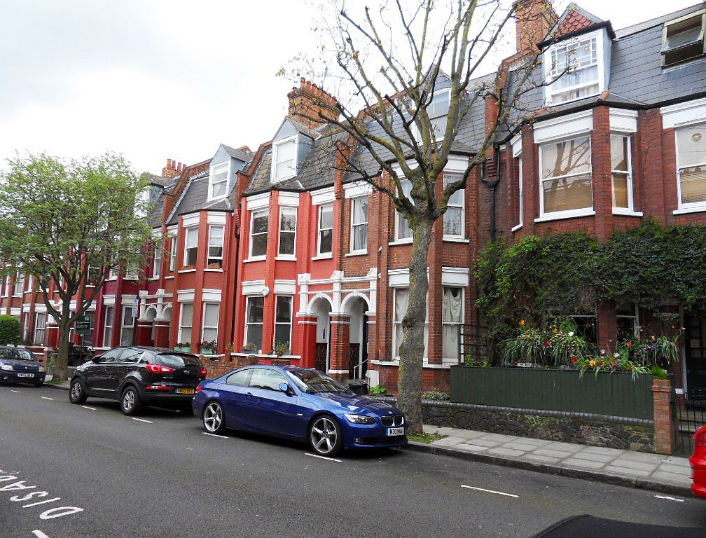 Gutter Cleaning Finsbury Park N4