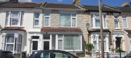 Gutter Cleaning Wood Green N22